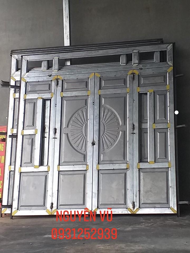 cửa sắt pano 4 cánh