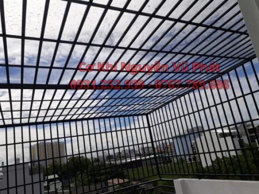 Thợ làm khung bảo vệ giá rẻ tại Tân Uyên