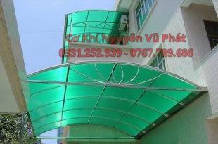 Làm mái poly mái nhựa lấy sáng giá rẻ tại Dĩ An