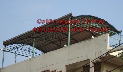 Lắp đặt mái tôn sân thượng giá rẻ tại Quận 7